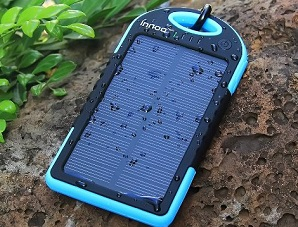 Innoo Tech Charger Harnesses Solar Power