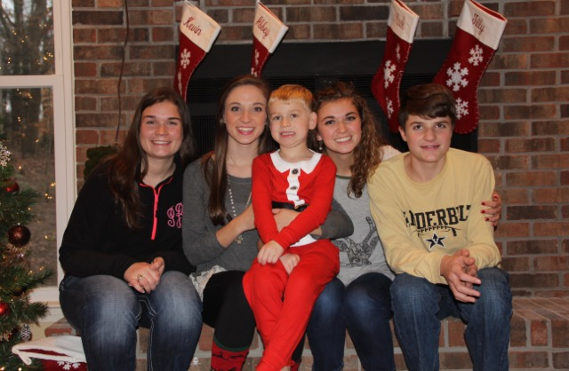 (left to right) Peyton Brown, Danielle Cooper, Ryder Murphy, Haley Cooper, and Kyle Brown