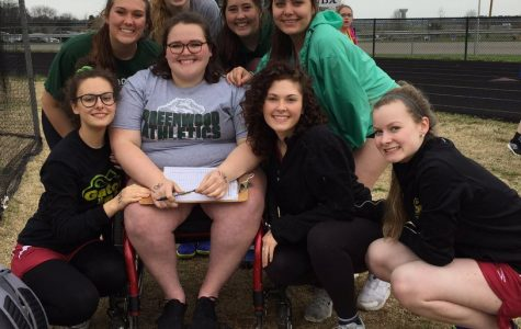 Track and Field Celebrates Former Thrower