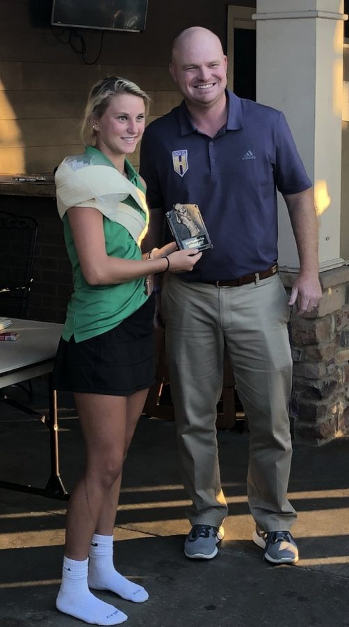 Allison+Wheeler+wins+District+Individual+Champion%0A%0A%28Photo+via+%40ladygatorgolf+on+Twitter%29