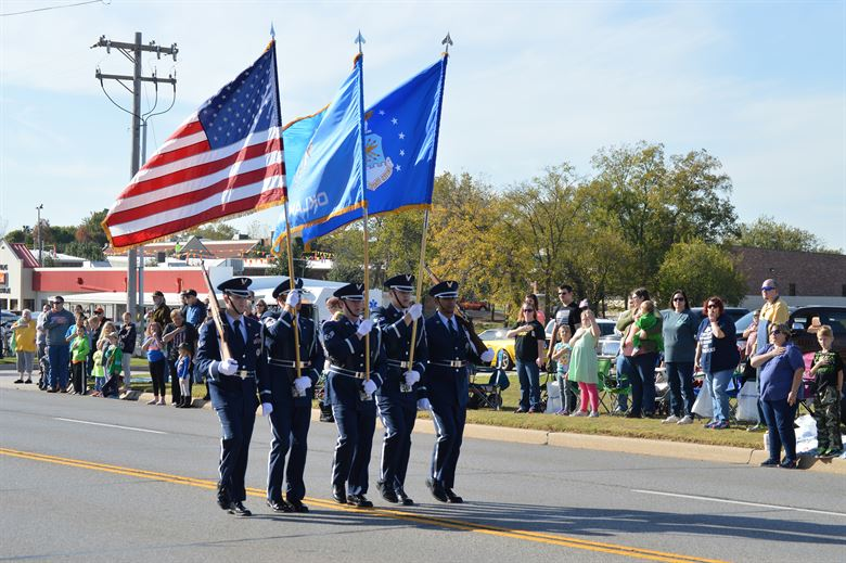 Greenwood+Participating+in+Upcoming+Veteran%27s+Day+Parade
