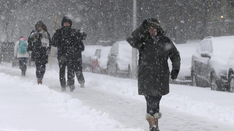 Historic Snowstorm Buries Chicago Area